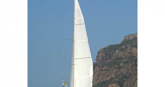 Location bateau Dufour Dufour 520 Grand Large à Follonica sur Samboat