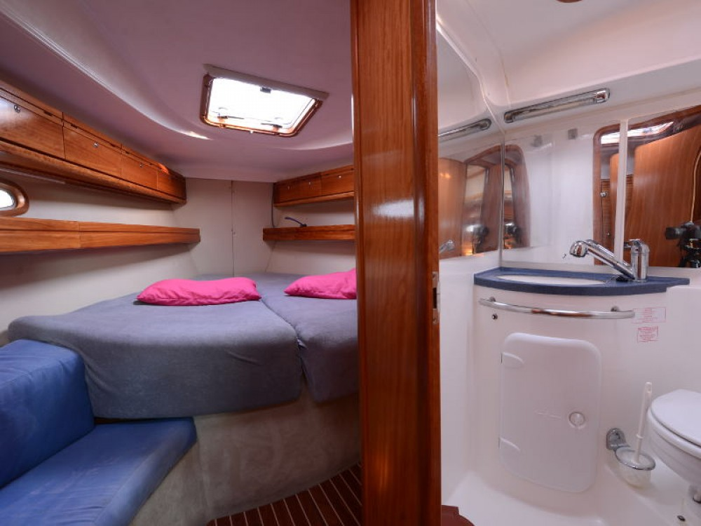 Location bateau Leucade pas cher Bavaria 39 Cruiser