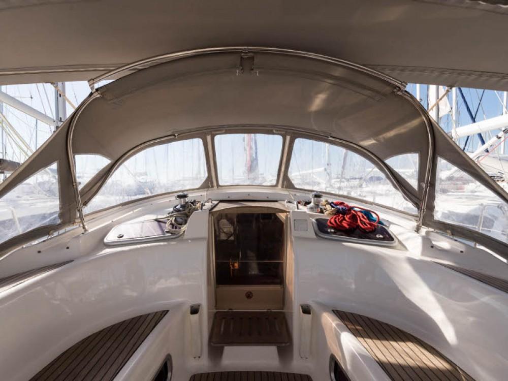 Location bateau Bavaria Bavaria 46 Cruiser à Leucade sur Samboat