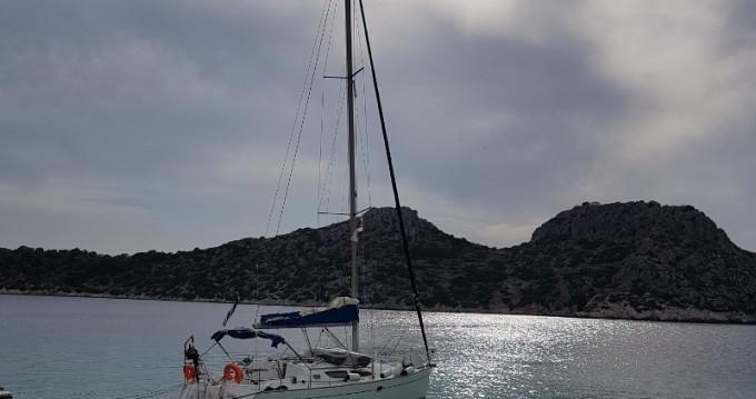 Location bateau Jeanneau Sun Odyssey 35 à Álimos sur Samboat