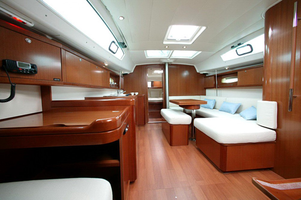 Location yacht à Nettuno - Bénéteau Oceanis 40 sur SamBoat