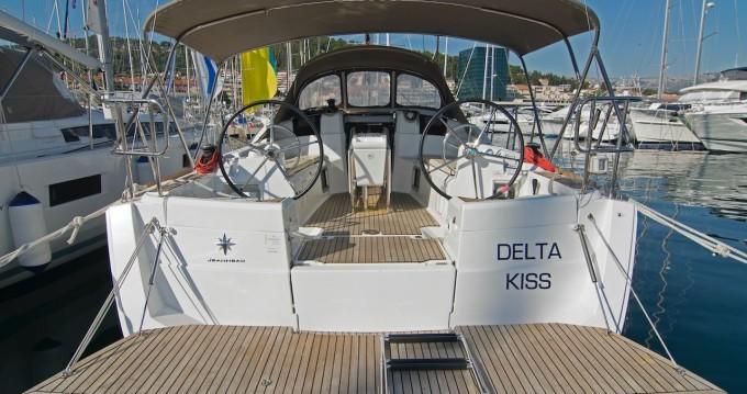 Location bateau Jeanneau Sun Odyssey 389 à Split sur Samboat