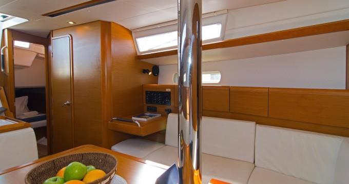 Location yacht à Split - Jeanneau Sun Odyssey 389 sur SamBoat