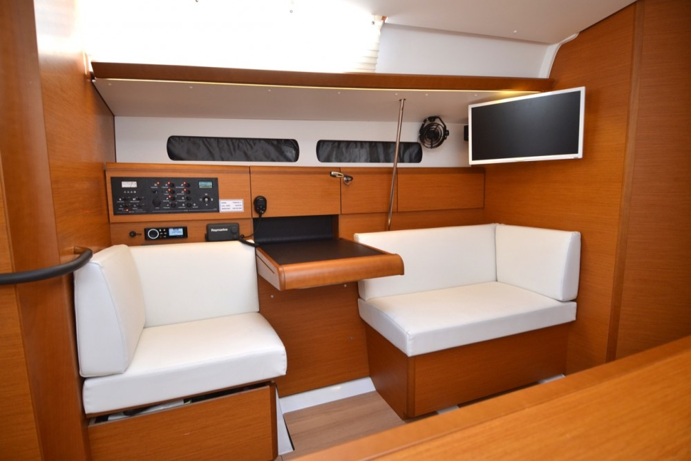 Location bateau Komolac pas cher Sun Odyssey 449