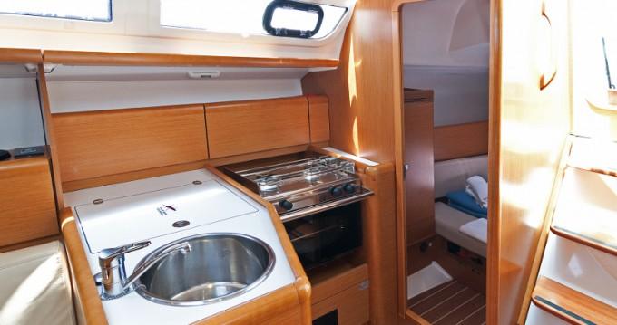 Location bateau Jeanneau Sun Odyssey 33i à Split sur Samboat