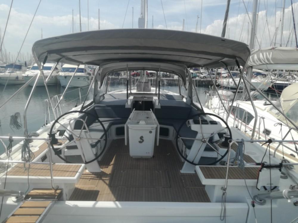 Location bateau Bénéteau Oceanis 51.1 à Attique sur Samboat