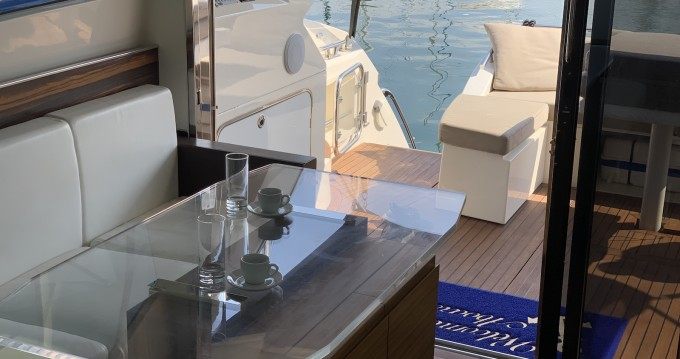 Location yacht à Lávrio - Absolute Absolute 52 sur SamBoat