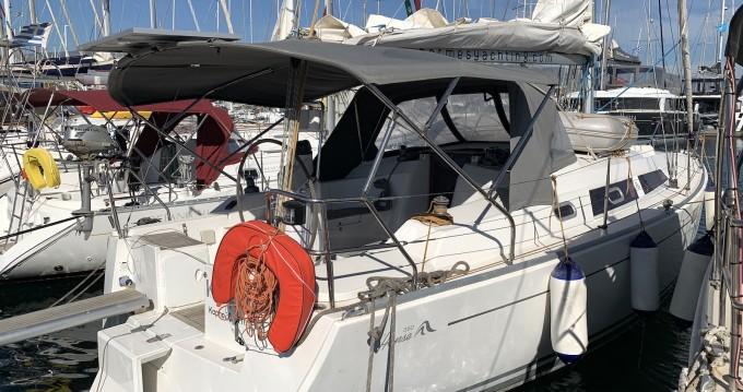 Location bateau Lávrio pas cher Hanse 350