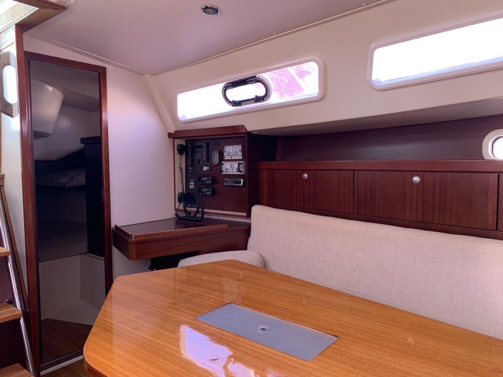 Location bateau Álimos pas cher Hanse 350