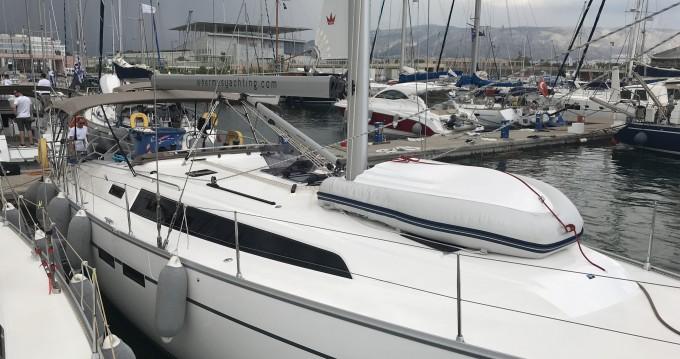 Louez un Bavaria Cruiser 46 à Lávrio
