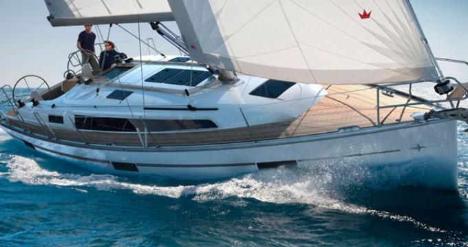 Bavaria Cruiser 37 entre particuliers et professionnel à Athènes