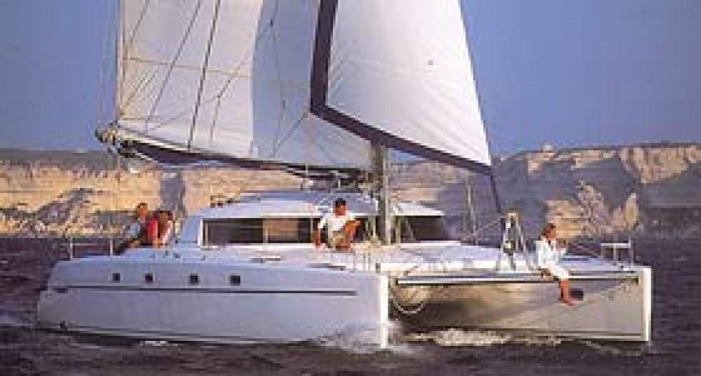 Location bateau Fountaine Pajot Belize 43 à Leucade sur Samboat