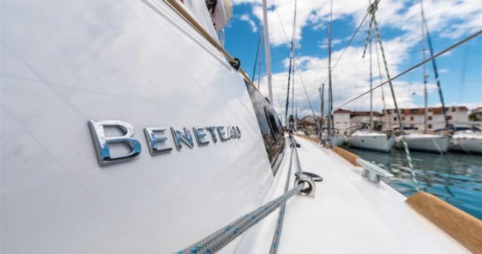 Bénéteau Oceanis 35.1 entre particuliers et professionnel à Split