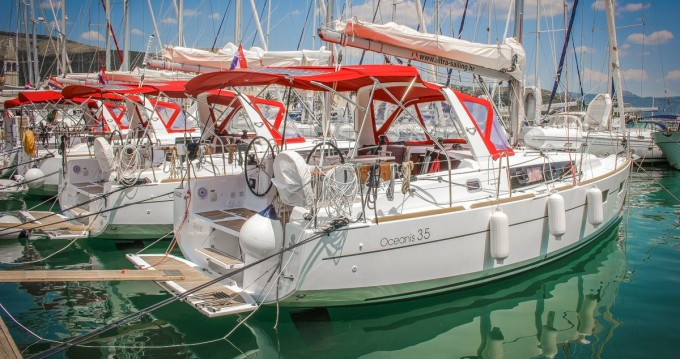 Location yacht à Split - Bénéteau Oceanis 35 sur SamBoat