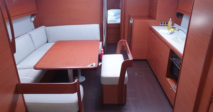 Location bateau Rogoznica pas cher Dufour 430 Grand Large
