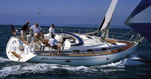 Location bateau Bavaria Bavaria 42 Cruiser à Álimos sur Samboat