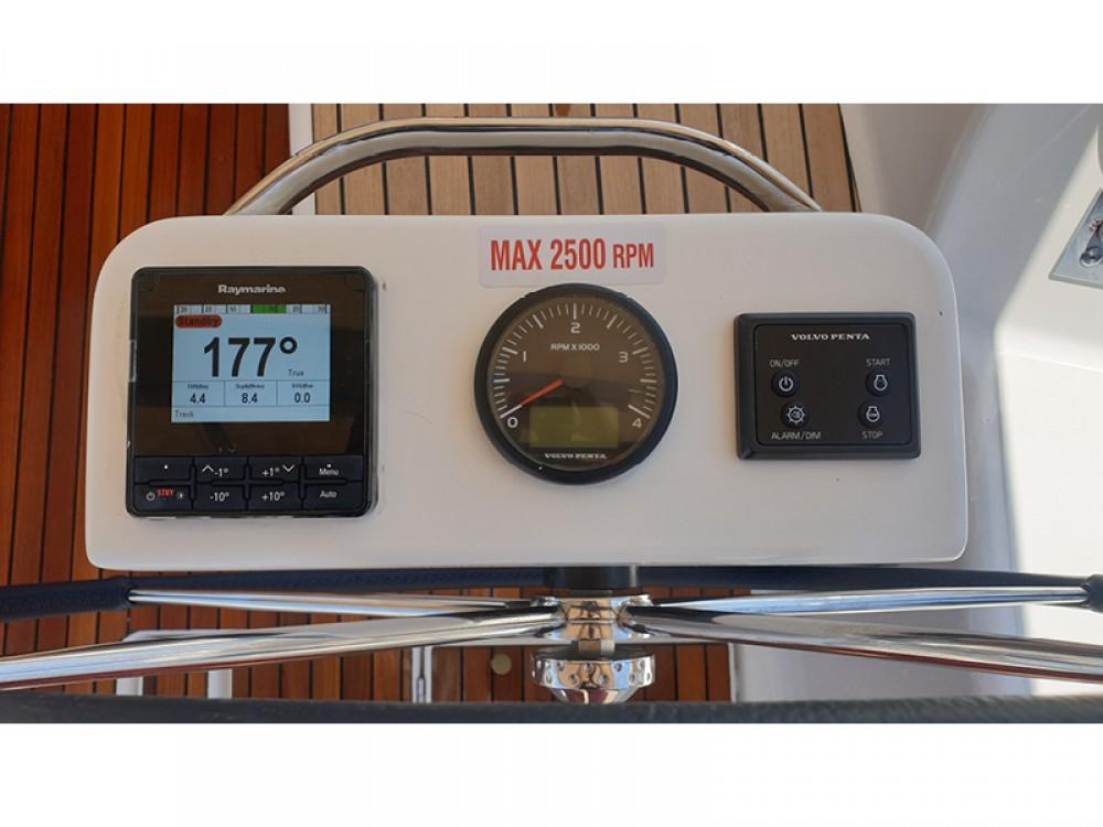 Location bateau Dufour Dufour 390 Grand Large à Rogoznica sur Samboat