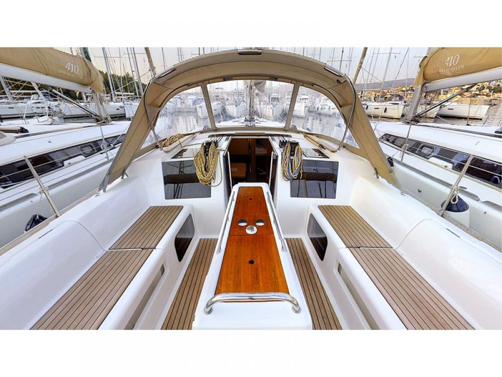 Location bateau Rogoznica pas cher Dufour 412 Grand Large