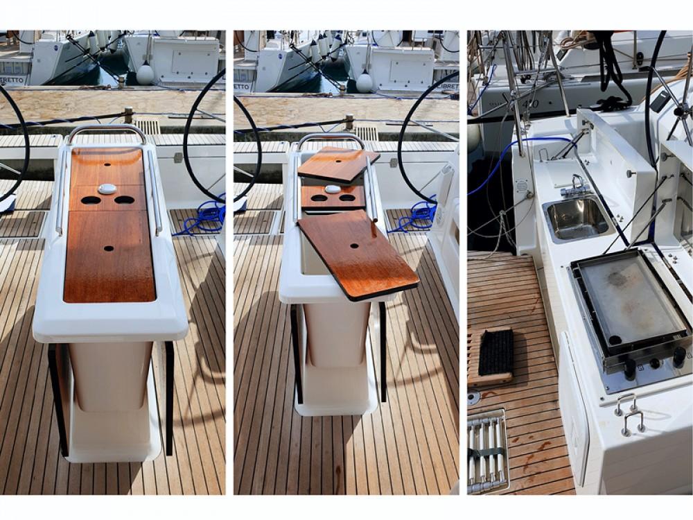 Location bateau Dufour Dufour 412 Grand Large à Rogoznica sur Samboat