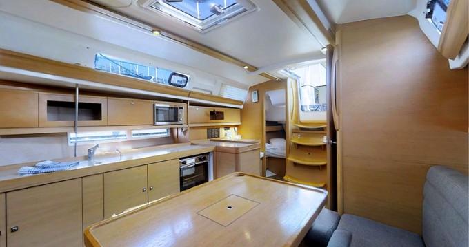 Location bateau Rogoznica pas cher Dufour 380 Grand Large