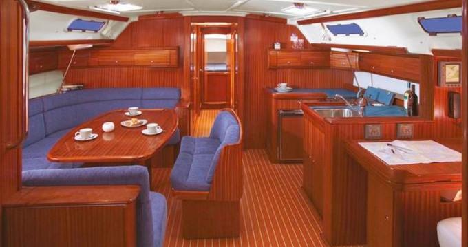 Location bateau Álimos pas cher Bavaria 49