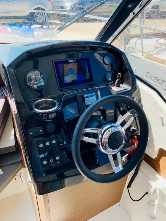 Location bateau Jeanneau Jeanneau Merry Fisher 795 à ACI Marina Split sur Samboat