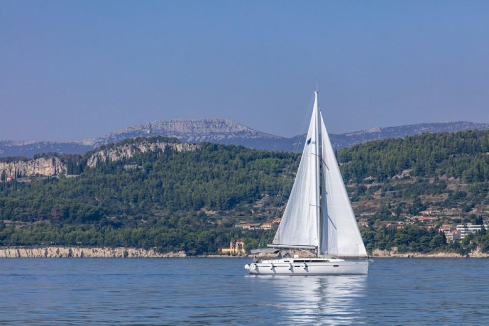 Louez un Bavaria Bavaria Cruiser 46 à Split