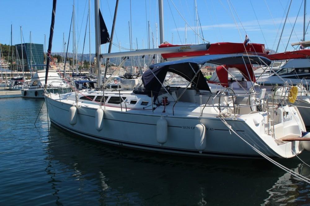 Location yacht à Split - Jeanneau Sun Odyssey 43 sur SamBoat
