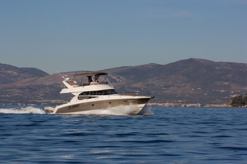 Location bateau ACI Marina Split pas cher Jeanneau Prestige 440