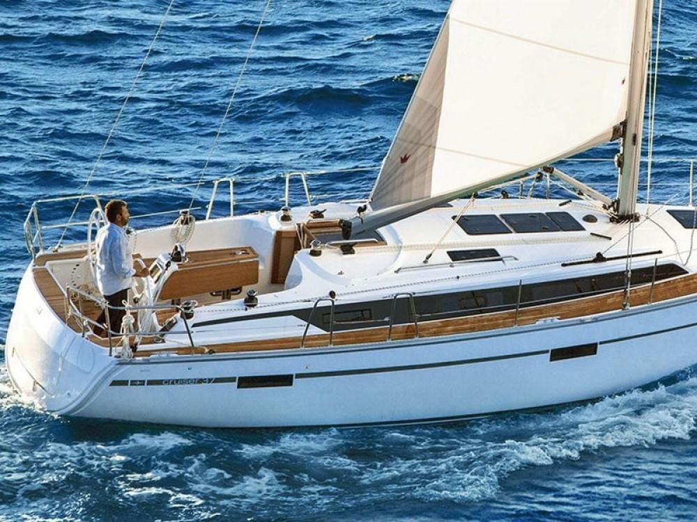 Location bateau Bavaria Bavaria Cruiser 37 à ACI Marina Split sur Samboat
