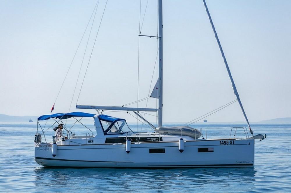 Location yacht à Split - Bénéteau Beneteau Oceanis 38.1 sur SamBoat