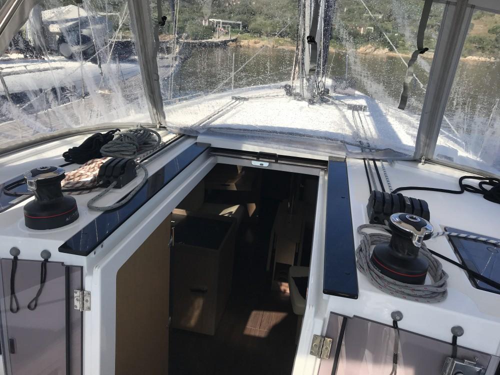 Location bateau Bénéteau Oceanis 41.1 à Olbia sur Samboat