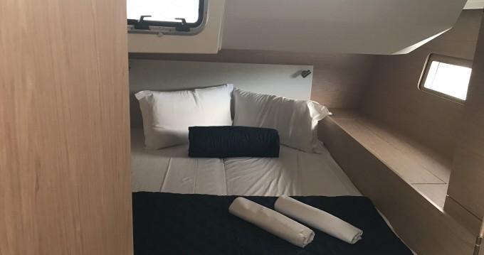 Location bateau Portisco pas cher Oceanis 51.1