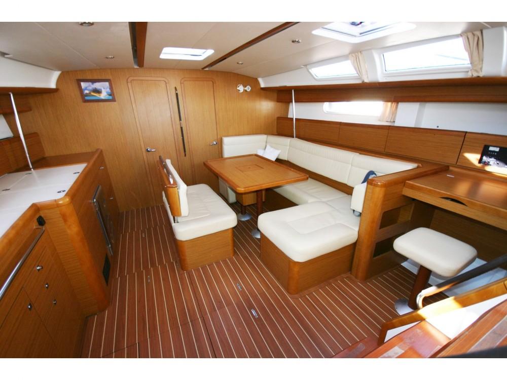 Location yacht à Saint-Georges - Jeanneau Sun Odyssey 49i sur SamBoat