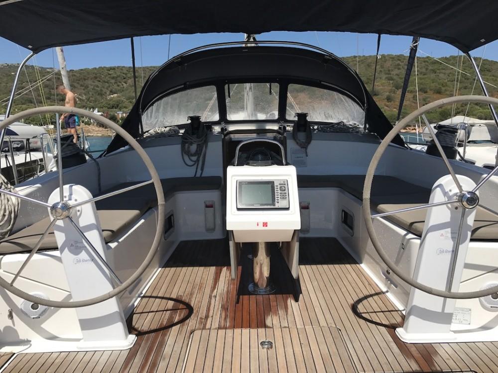Bavaria Bavaria Cruiser 51 entre particuliers et professionnel à Cala dei Sardi