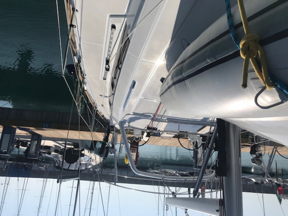 Location bateau Castiglioncello pas cher Oceanis 38.1