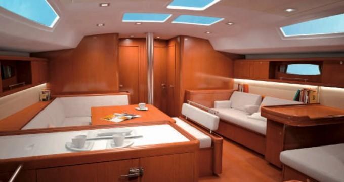 Location yacht à Álimos - Bénéteau Oceanis 54 sur SamBoat