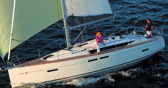 Location yacht à Segur de Calafell - Jeanneau Sun Odyssey 419 (1WC) sur SamBoat