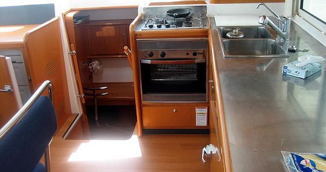 Location bateau Rhodes pas cher Lagoon 400