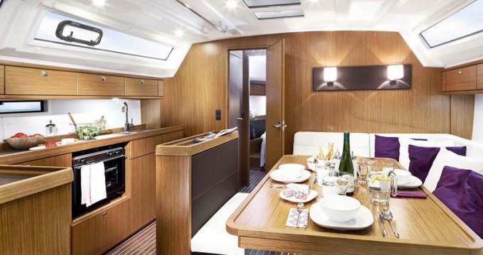 Louez un Bavaria Cruiser 46 à Agropoli
