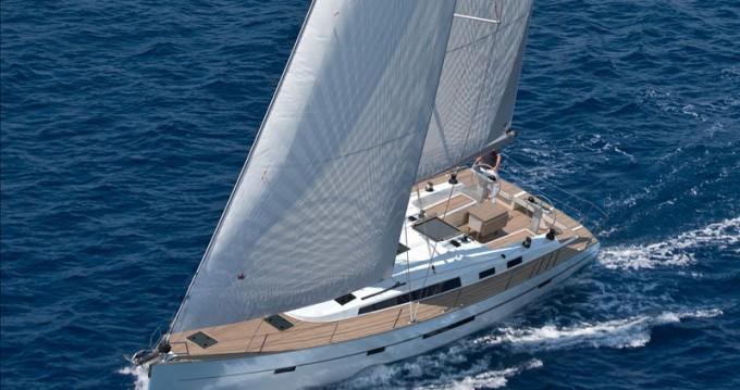 Bavaria Cruiser 56 entre particuliers et professionnel à Álimos