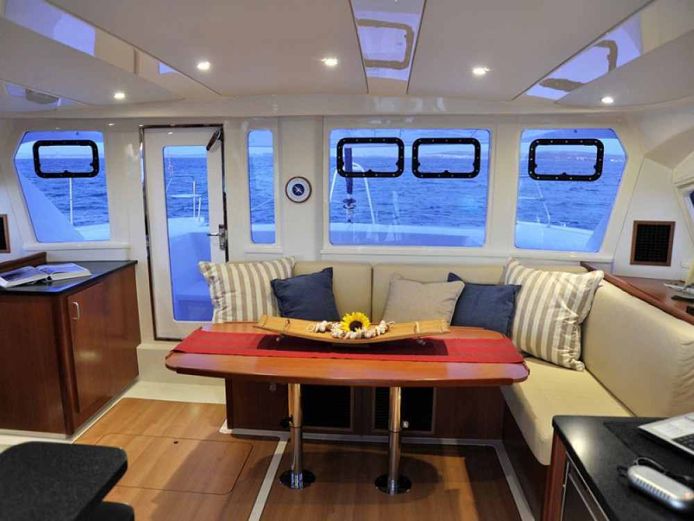Location bateau Leopard Sunsail 444 à Victoria sur Samboat