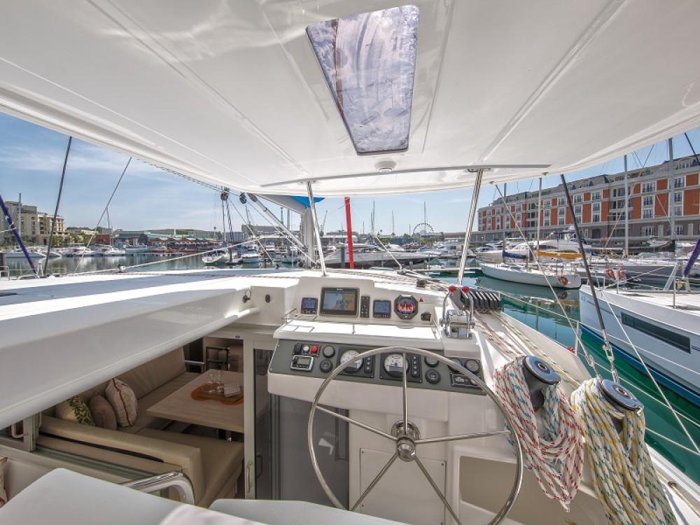 Location bateau Leopard Sunsail 404 à Victoria sur Samboat