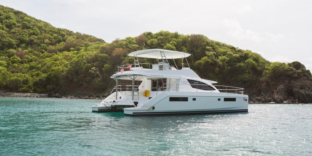 Location Catamaran à Port Louis Marina - Leopard Moorings 514 PC