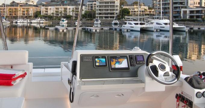 Location Catamaran à  - Leopard Moorings 433 PC