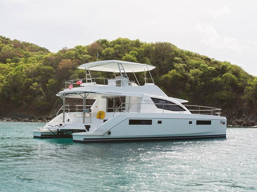 Location Catamaran à Victoria - Leopard Moorings 514 PC