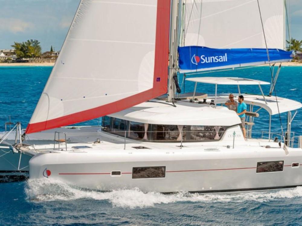 Location Catamaran à Marina Naviera Balear - Lagoon Sunsail 424