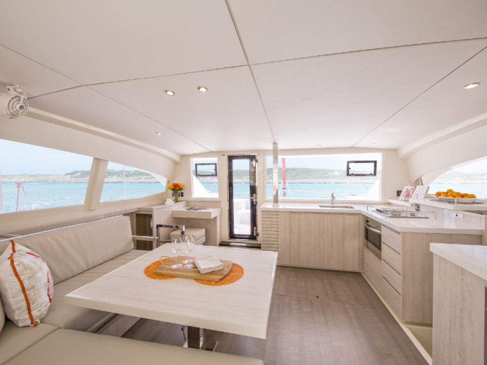 Location Catamaran à Road Town - Leopard Sunsail 404