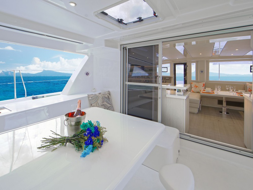 Location Catamaran à Road Town - Leopard Sunsail 484