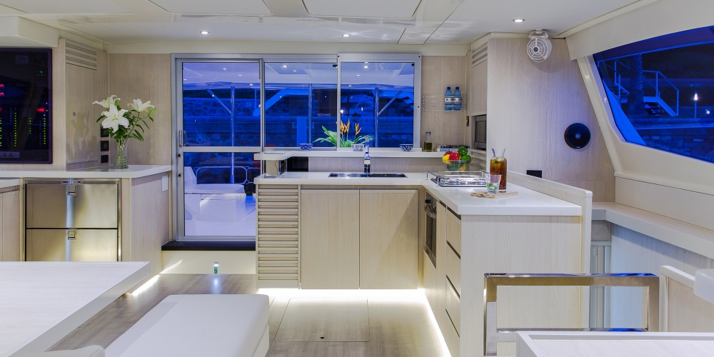 Louer Catamaran avec ou sans skipper Leopard à Bay of Zea